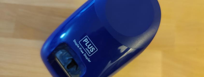 Weihnachtsgeschenk Staple free stapler